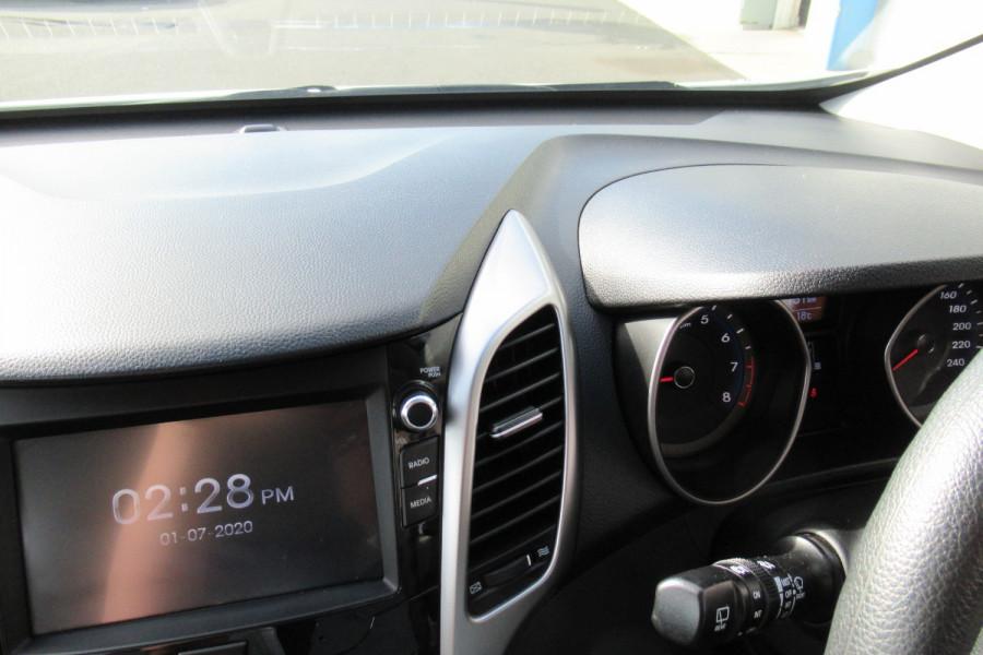 2016 MY17 Hyundai I30 GD4 SERIES II MY17 ACTIVE Hatch Image 19