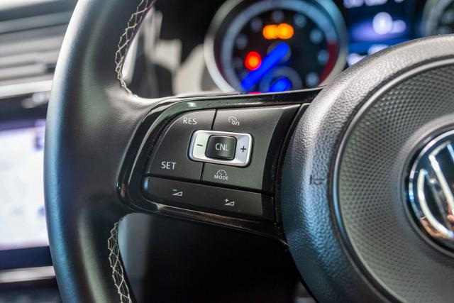 2017 MY18 Volkswagen Golf 7.5 R Grid Edition Hatch Image 31