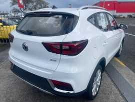 2021 MG Zs EXCITE 1.5P/4AT Station wagon image 3