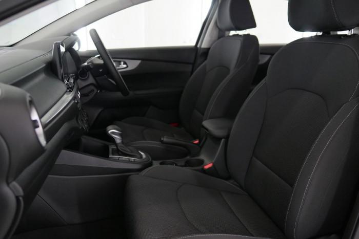 2019 MY20 Kia Cerato Sedan BD S with Safety Pack Sedan Image 2