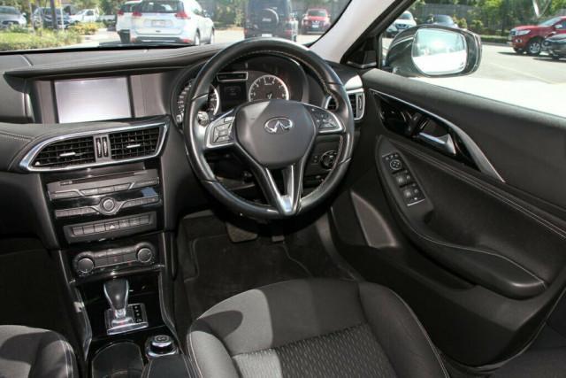 2016 Infiniti QX30 H15 GT D-CT AWD Suv Image 13
