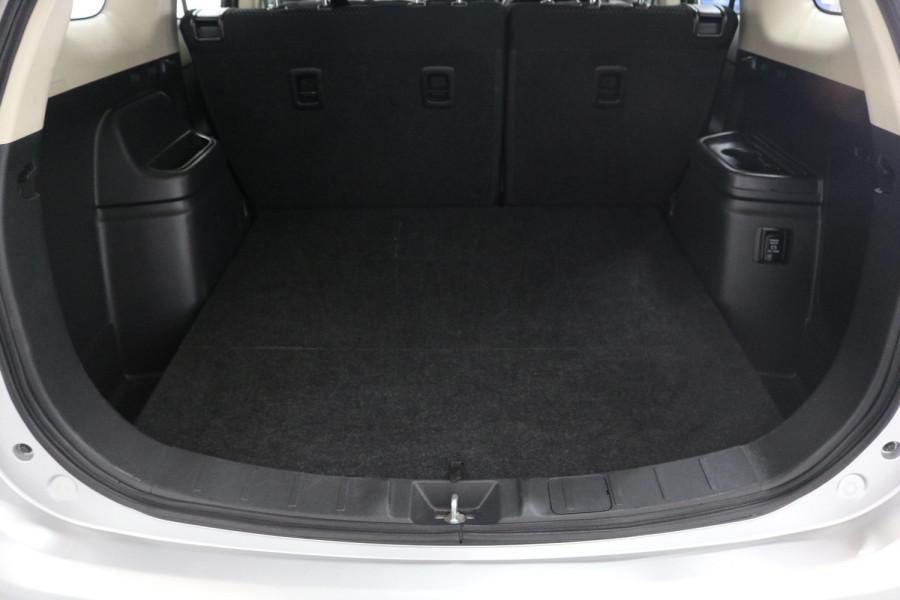 2018 MY18.5 Mitsubishi Outlander ZL MY18.5 ES Suv Image 7