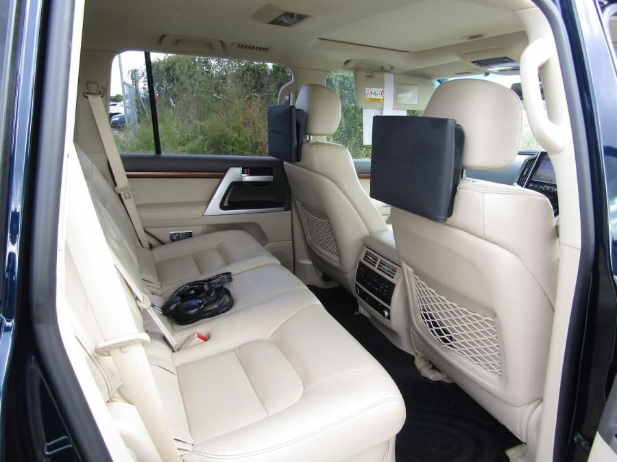 2018 Toyota Landcruiser VDJ200R Sahara Suv