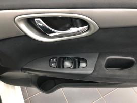 2016 Nissan Pulsar B17 Series 2 ST Sedan image 7