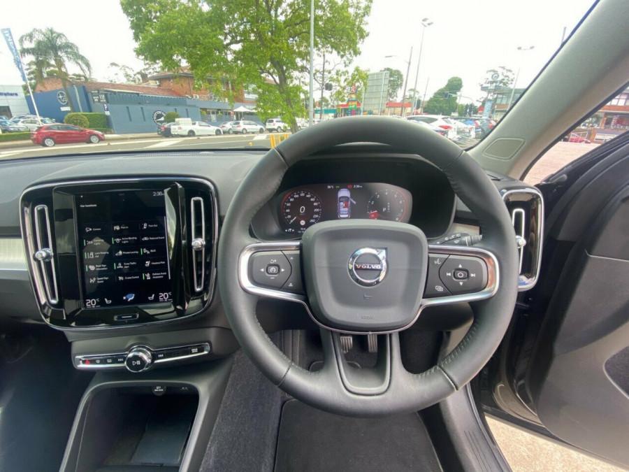 2019 MY20 Volvo XC40 536 MY20 T4 Momentum (FWD) Suv Image 21