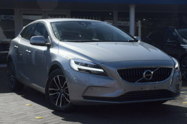 Volvo V40 D2 Momentum M Series