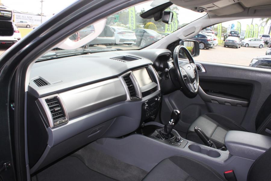 2015 Ford Ranger PX MkII XLT Image 21