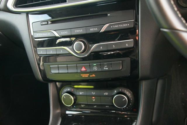 2016 Infiniti QX30 H15 GT D-CT AWD Suv Image 21