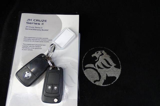 2012 Holden Cruze SRi 22 of 22