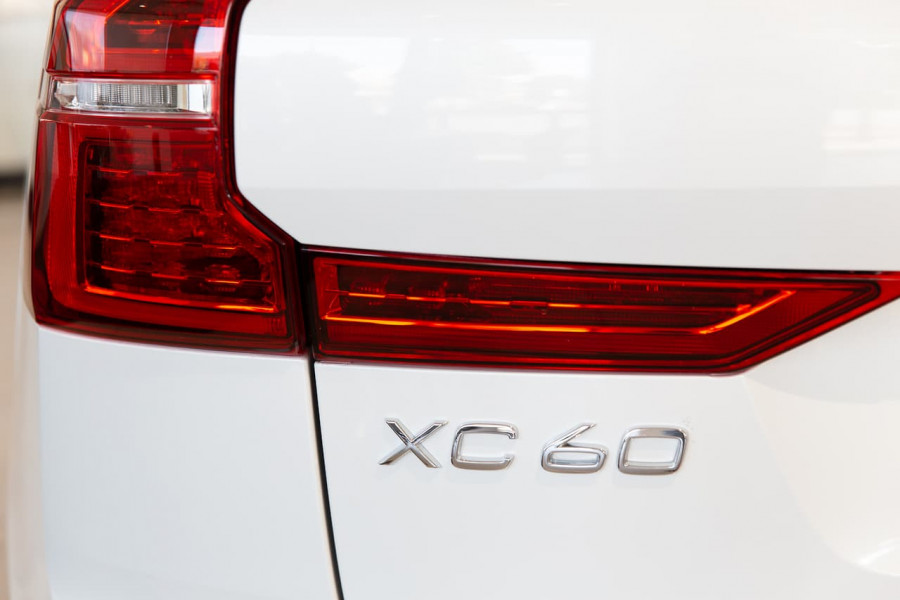 2020 MY21 Volvo XC60 UZ T6 R-Design Suv Image 10