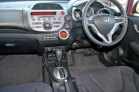 2012 Honda Honda GE  Vibe-S Hatchback Mobile Image 12