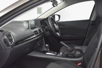 2013 Mazda 3 BM5478 Maxx Hatchback Image 5