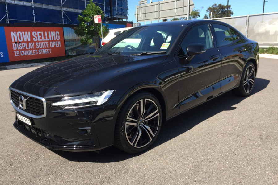 2019 MY20 Volvo S60 Z Series T5 R-Design Sedan Image 4