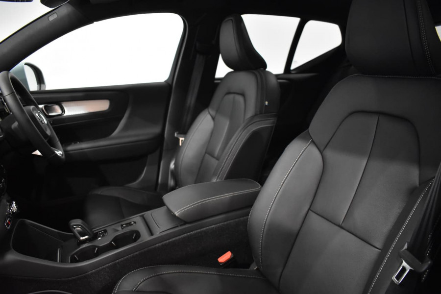 2019 Volvo Xc40 (No Series) MY19 T4 Momentum Suv Mobile Image 15