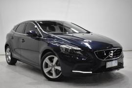 Volvo V40 D4 Luxury (No Series) MY15