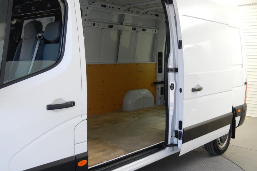 2017 Renault Master X62 X62 Van Mobile Image 19