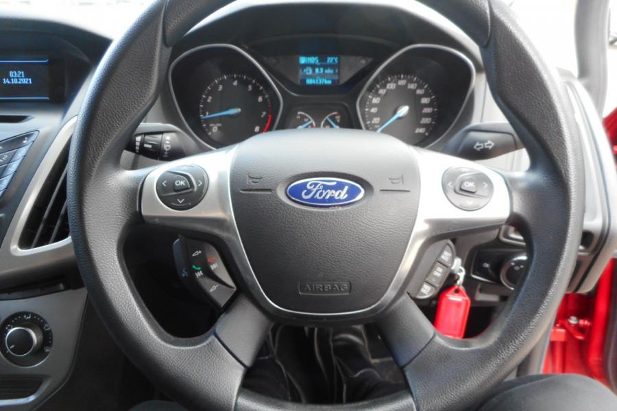 2012 Ford Focus LW  II AMBIENTE Hatchback Image 16
