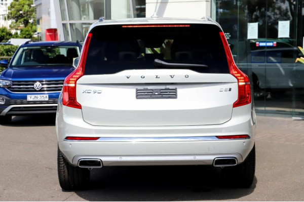 2021 MYon Volvo XC90 L Series D5 Inscription Image 3