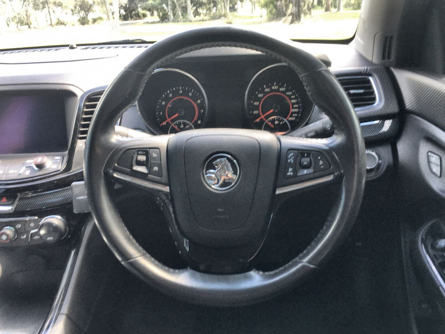 2016 Holden Commodore VF II MY16 SV6 Sedan Image 7