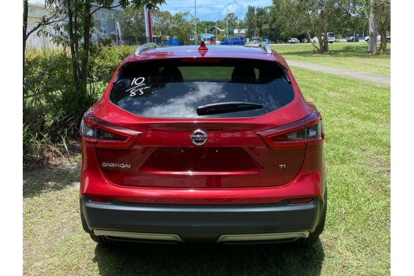 2019 MY18 Nissan Qashqai J11 MY18 TI (5Yr) Suv Image 5