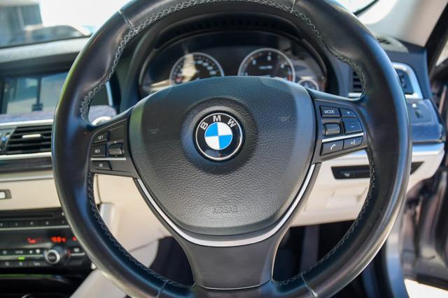 2010 BMW 5 Series F07 MY11 530d Hatchback Image 17