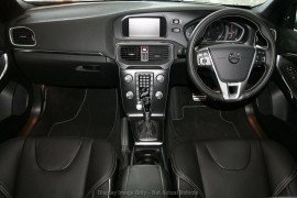 2017 MY18 Volvo V40 M Series T5 Adap Geartronic R-Design Hatchback