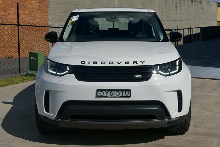 2017 Land Rover Discovery Vehicle Description.  5 L462 MY18 TD6 HSE WAG SA 8SP 3.0DT TD6 Suv Mobile Image 3