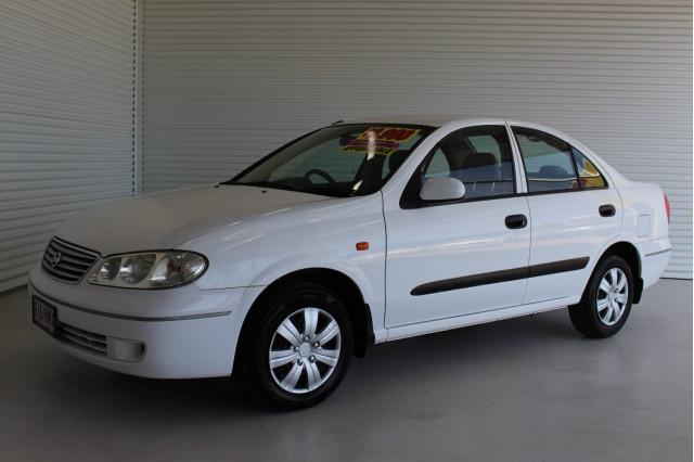 2003 Nissan Pulsar N16 S2 MY2003 ST Hatchback Image 5
