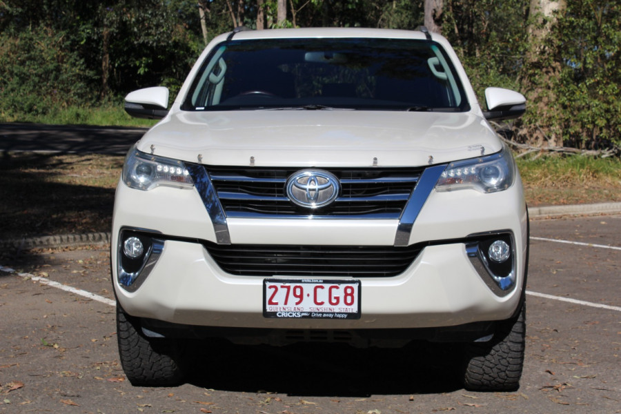2016 Toyota Fortuner Crusade Image 3