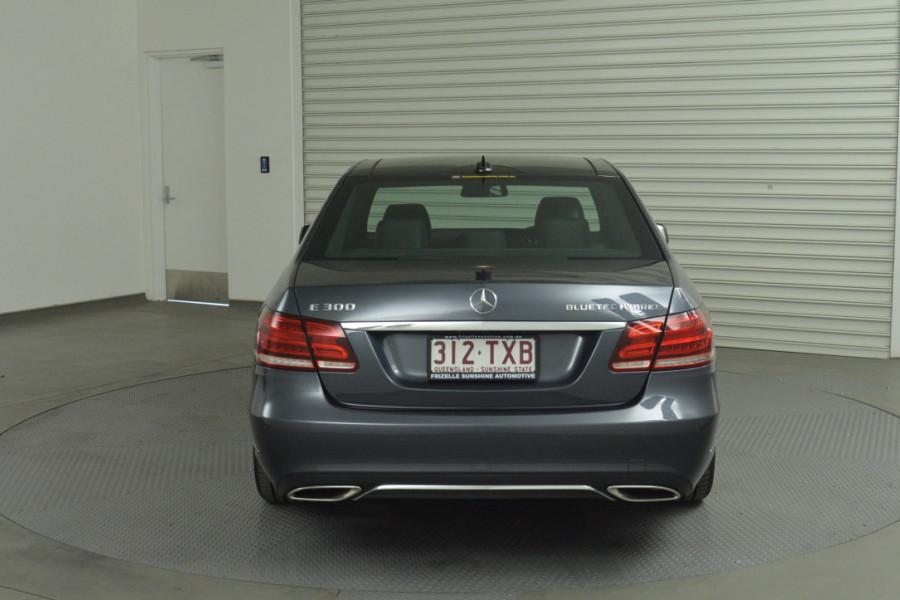 2013 Mercedes-Benz E300 W212 MY13 BlueTEC Sedan Mobile Image 5