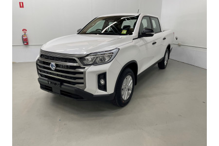 2021 SsangYong Musso Q215 ELX Utility Image 3