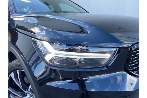 2021 Volvo XC40 XZ Recharge PHEV Suv Image 3