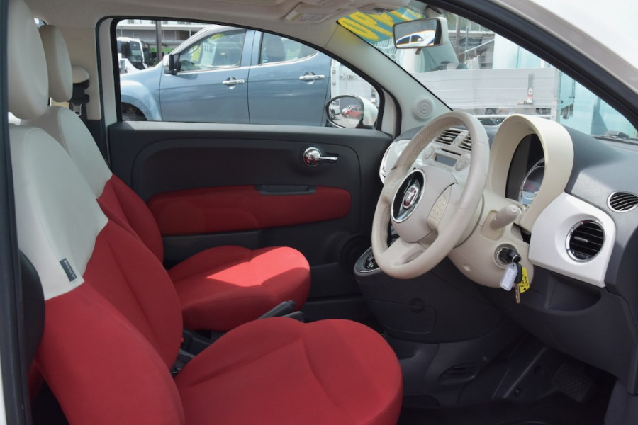 2008 Fiat 500 Vehicle Description.  1 Pop Hatchback 3dr Man 6sp 1.4i Pop Hatchback Image 10