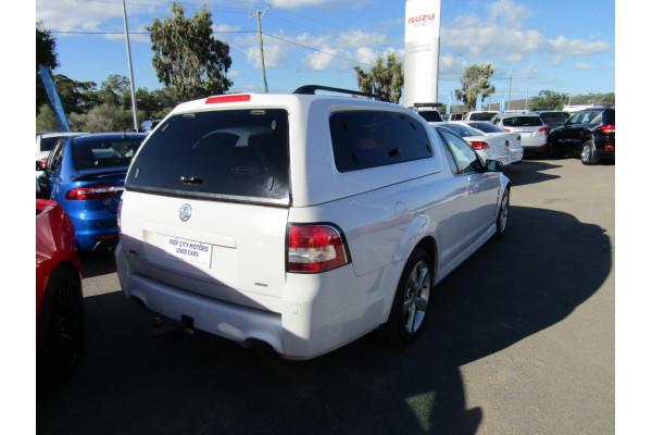 2015 MY16 Holden Ute VF II MY16 SV6 Utility Image 3