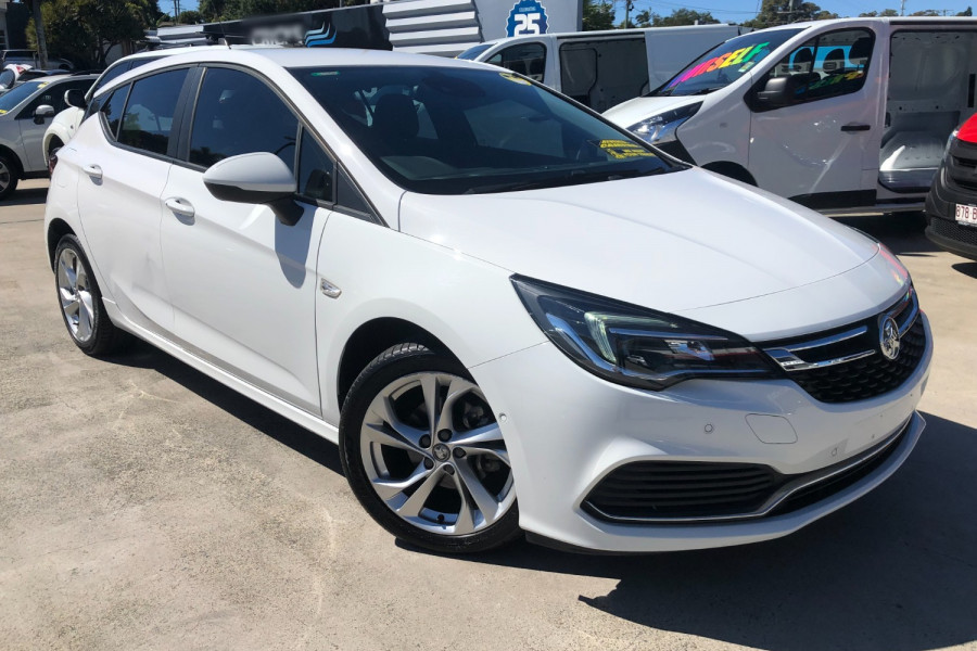 2017 Holden Astra RS Image 1