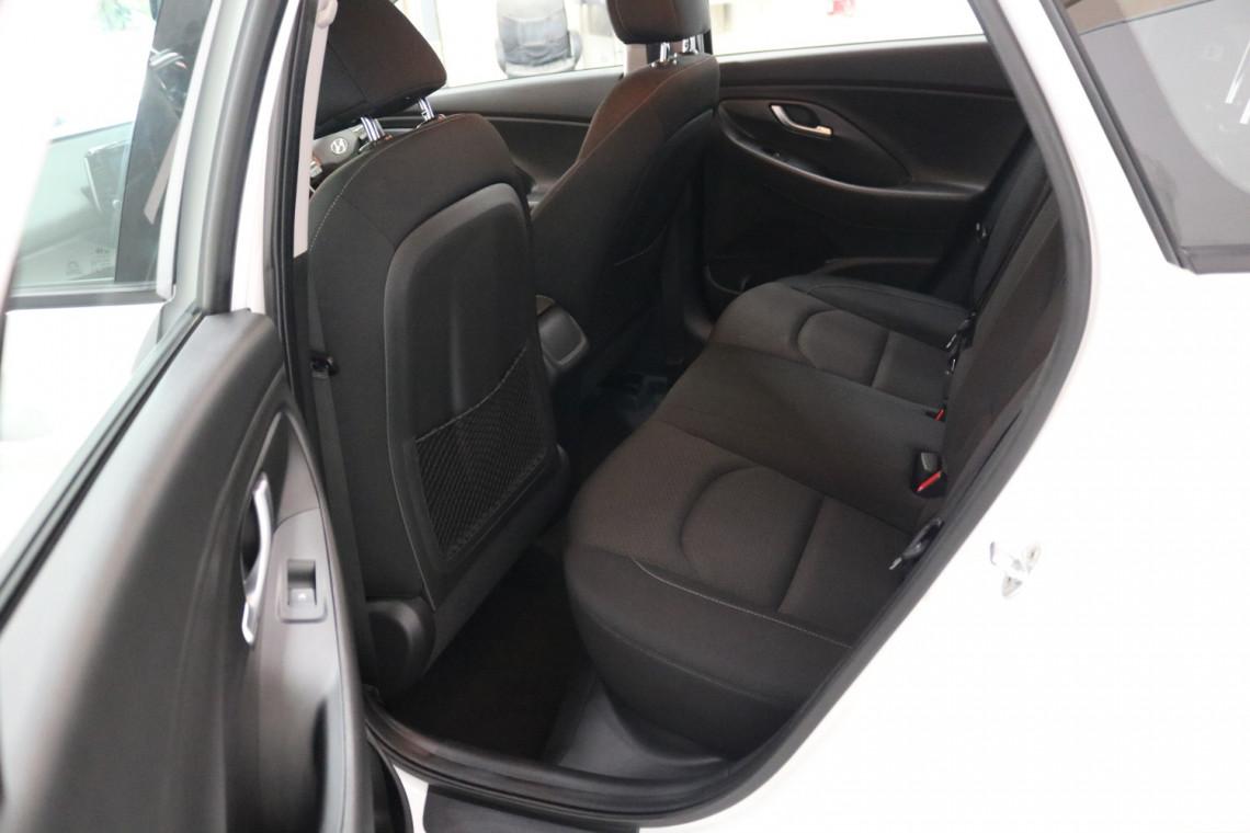 2018 Hyundai i30 PD Active Hatchback Image 6