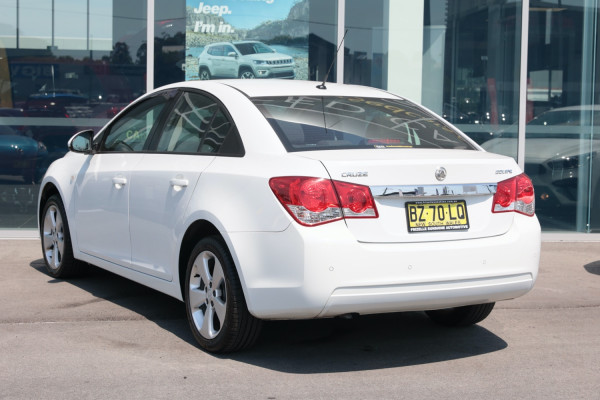 2013 Holden Cruze Vehicle Description. JH  II MY13 CD Sedan 4dr Man 5sp 1.8i CD Sedan Image 3