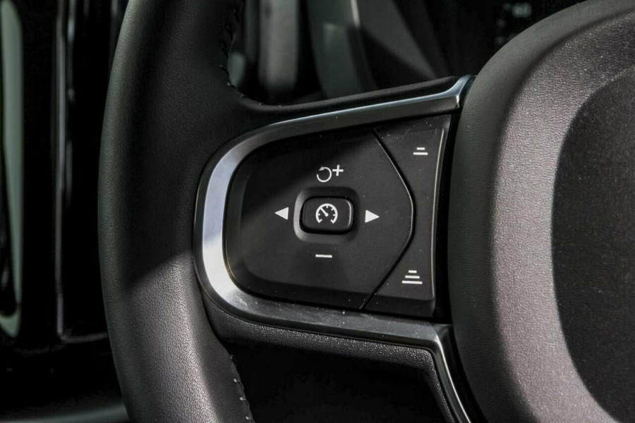 2018 MY19 Volvo XC60 UZ T5 Momentum Suv Mobile Image 14