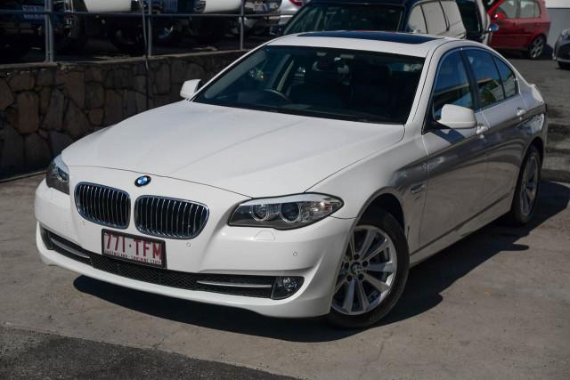 2012 BMW 5 Series F10 MY12 520d Sedan Image 2