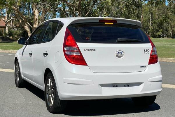 2012 MY11 Hyundai i30 FD MY11 Trophy Hatchback Image 3