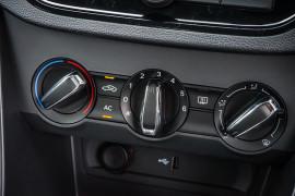 2021 MG MG3 SZP1 Core Hatchback image 19