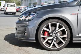 2019 Volkswagen Golf 7.5 GTi Hatchback Image 5
