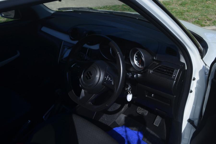 2018 Suzuki Swift AZ Navigator Hatchback