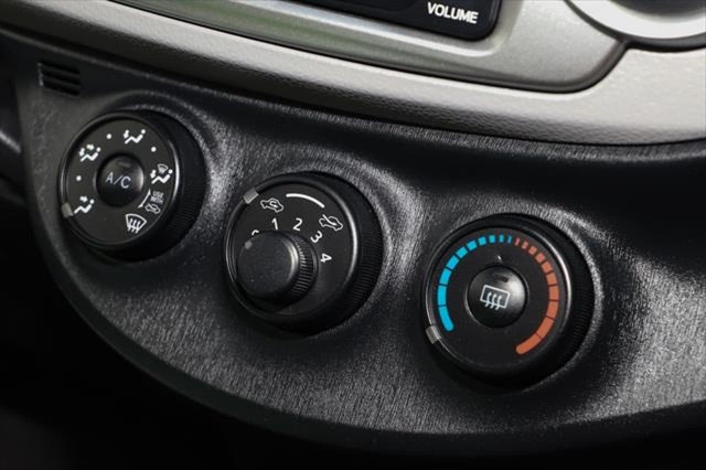 2014 Toyota Yaris NCP130R YR Hatchback Image 15