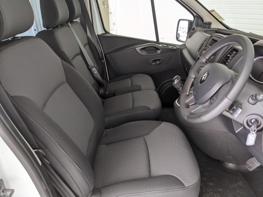2021 Renault Trafic L1H1 SWB Pro Van Image 13