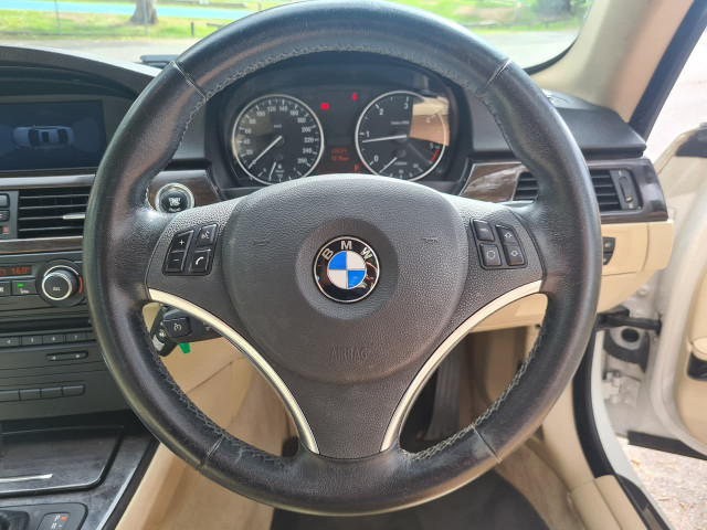 2012 BMW 3 Series E92 320d Coupe Image 12