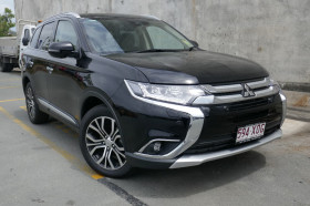Mitsubishi Outlander Exceed AWD ZK