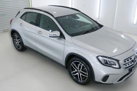 Mercedes-Benz Gla180 X156 808MY