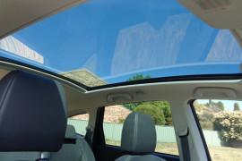 2011 MY10 Nissan DUALIS Hatchback