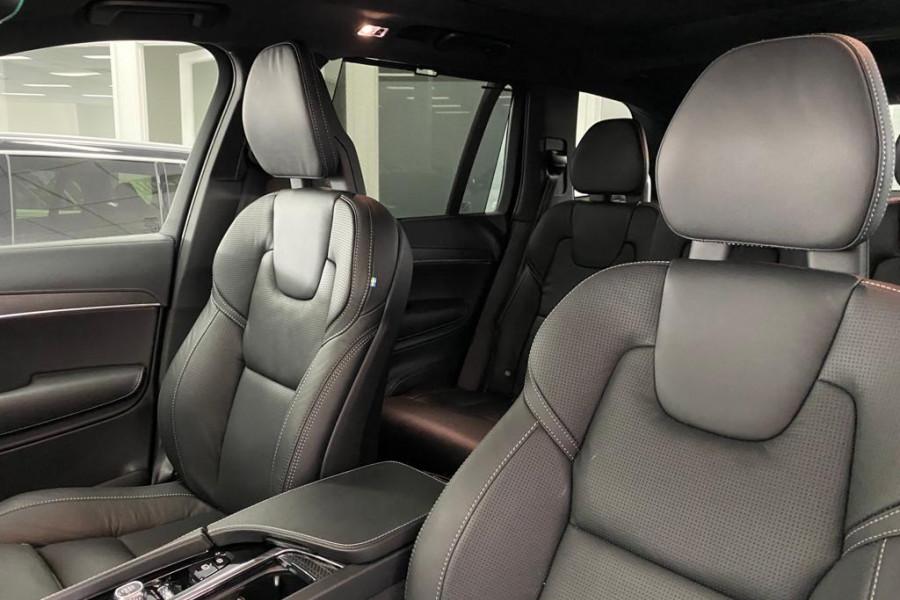2020 Volvo XC90 L Series D5 R-Design Suv Mobile Image 3